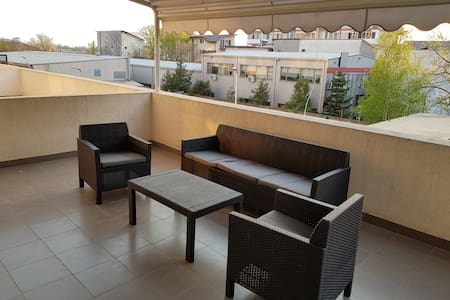 South City Apartment with 25 sq meters of terrace