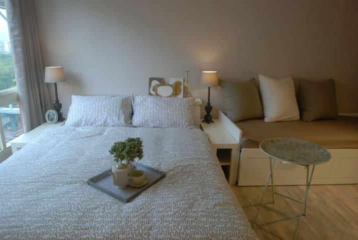 標準雙人床 ♥️ Cozy double bed