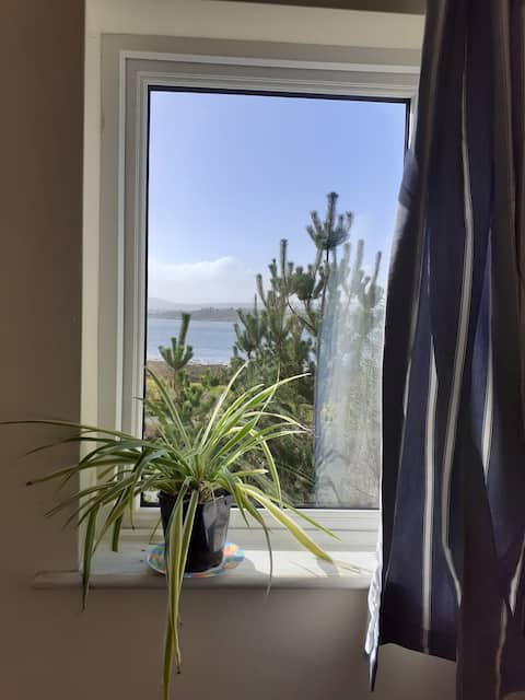 Private flat on the bay: switch off & enjoy nature
