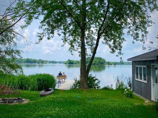 Thimbleberry Cottage on Sinissippi Lake