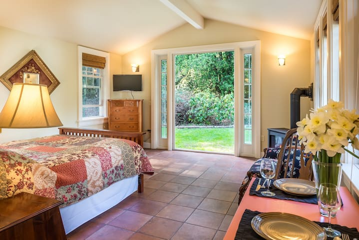 Forest View Ranch Suite