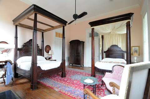 The Victoria Suite @ Belmont Plantation