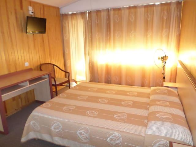 Suite Familiale 5 personnes dans résidence - Lesperon - Apto. en complejo residencial