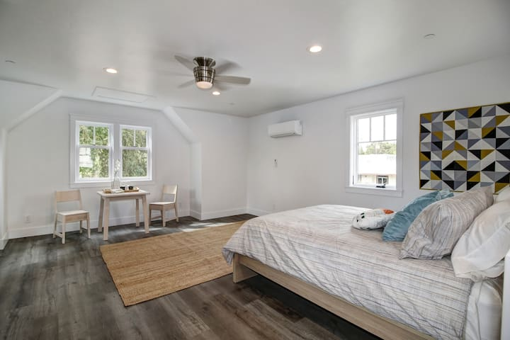 Bright and Light Bungalow - Sacramento - Pensione
