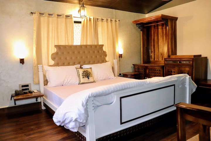 Double Bed Deluxe room | Cozy Stay with breakfast at Mount Abu