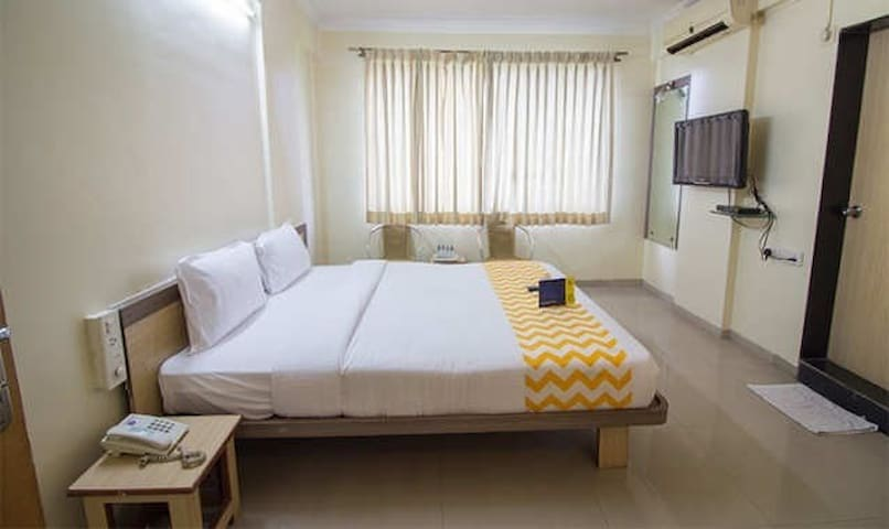 Luxurious room providing comfortable stay to Guest