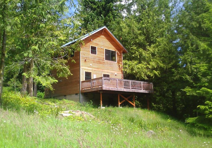 Our Little House In The Woods - Sequim - Cabin