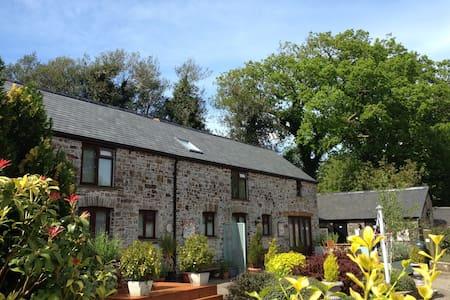 Petrock Holiday Cottages - Motte Cottage - Newton Saint Petrock - 獨棟