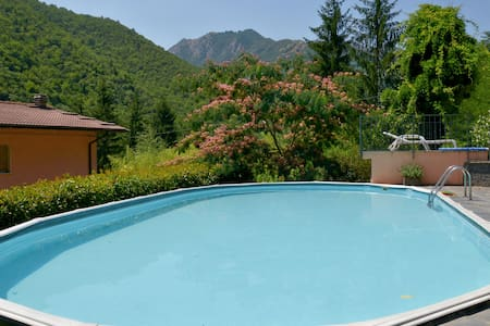 ..relax  with friends up to 13 persons in Tuscany. - Popiglio