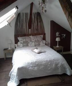 Chambre d'hôte à Péronne  - Doingt