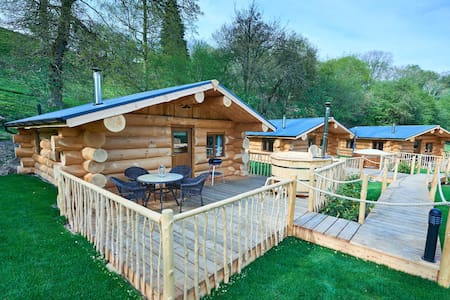 Mountain Edge Shropshire Lodge 2 - Shropshire - Cabin