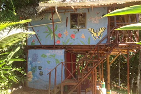 Free Spirit Oasis - Tree house sun suite - Bastimento - Bed & Breakfast