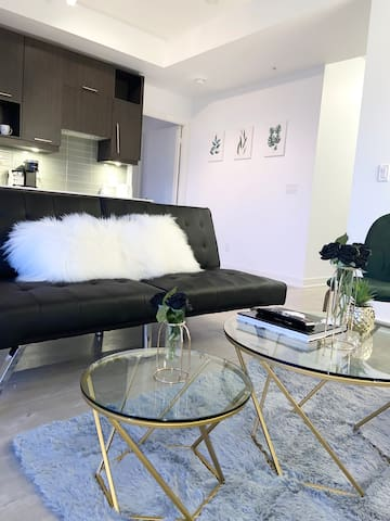☆Aesthetic & Cleanly Designed★ Downtown Suite☆