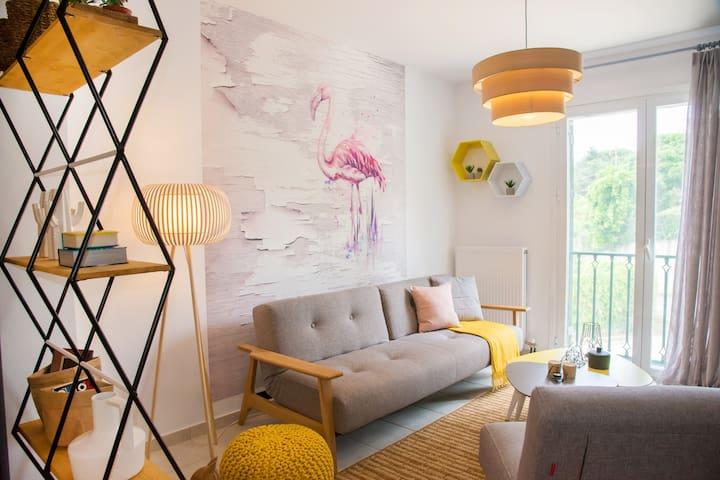 Unique Style Apartment