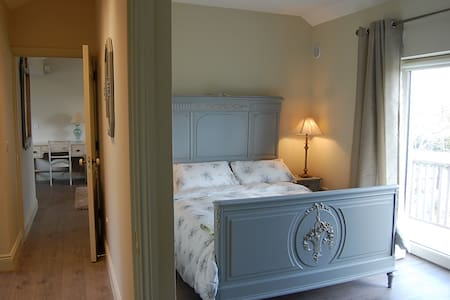 Luxury 2 Bed apartment, Roundwood, County Wicklow - Roundwood - บ้าน