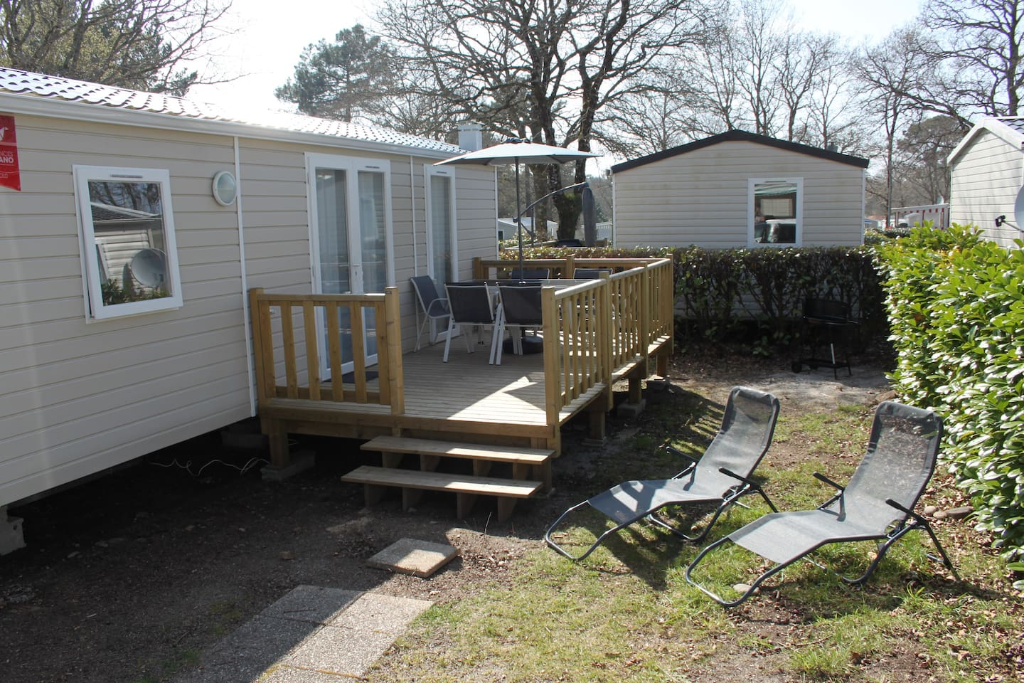 Mobilhome 4-6 places, terrasse, barbecue