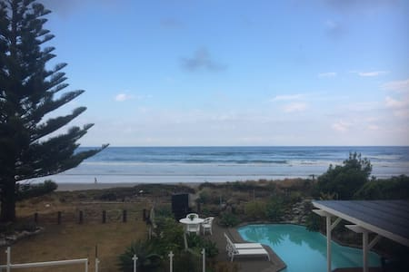 The Spot, Beach Front @ Waihi Beach - Hus