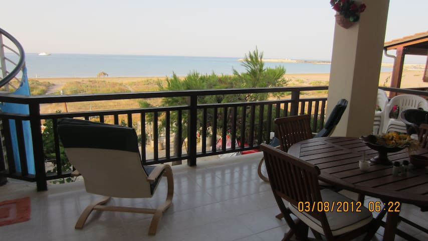 appartamentino vista mare... - Porto Palo Est - Apartment