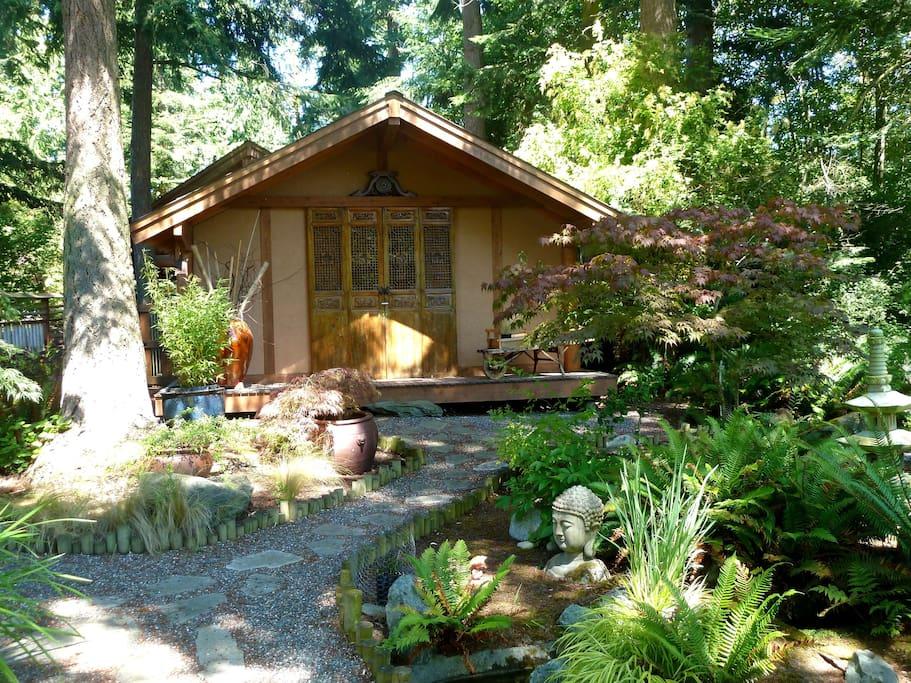Whispering Bamboo Cottage