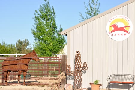 Sweet Pepper Ranch, B&B Horse Motel - Szoba reggelivel