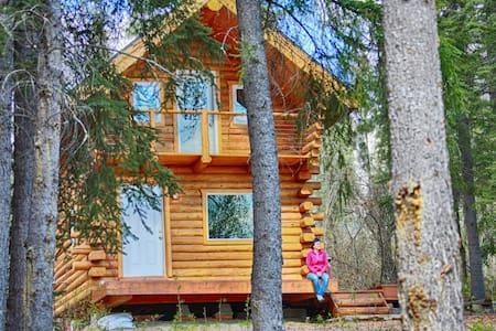 Cozy Alaskan Log Cabin - Fairbanks - Cabin