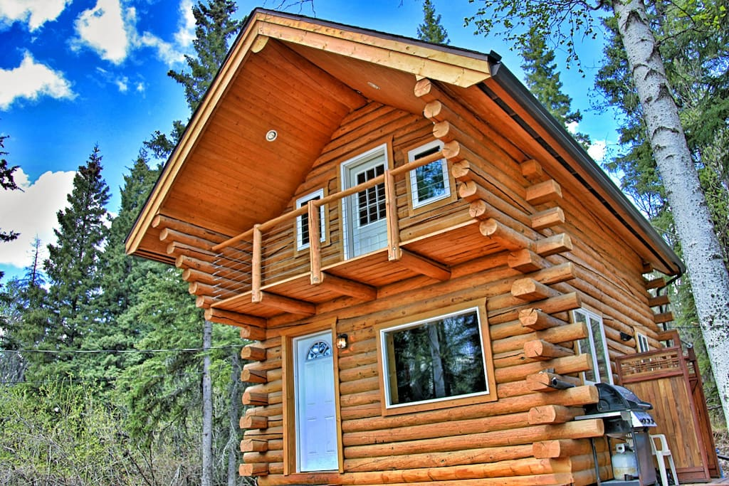 2-sided Log Cabin made from Alaskan White Spruce.
