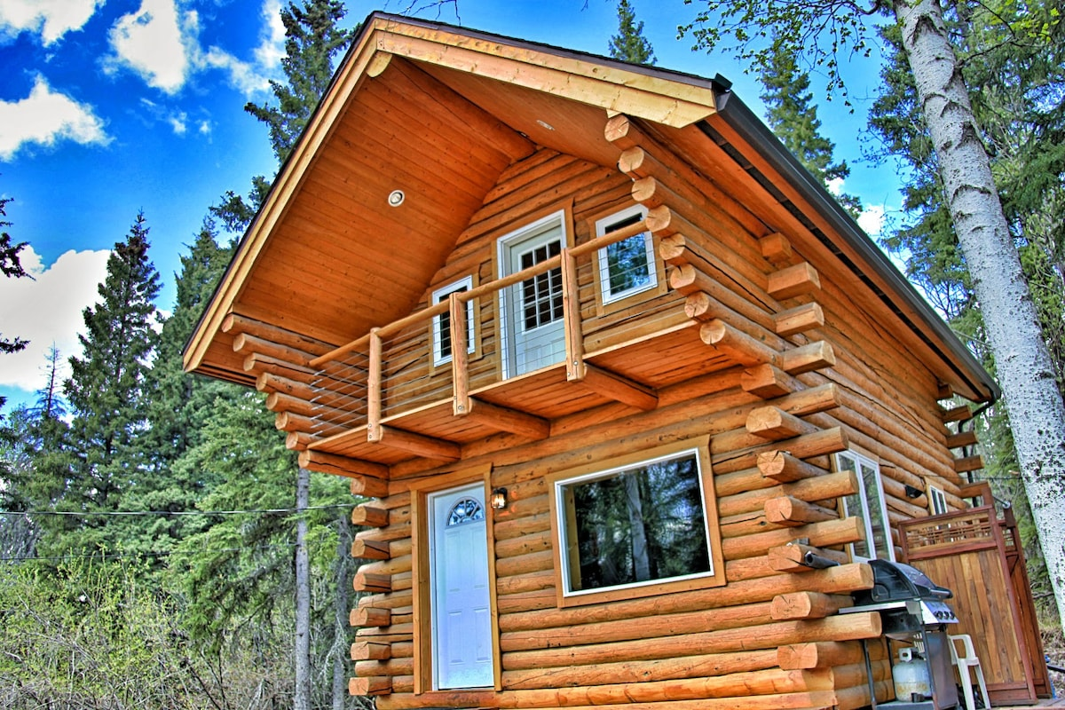 2 Sided Log Cabin Made From Alaskan White Spruce.