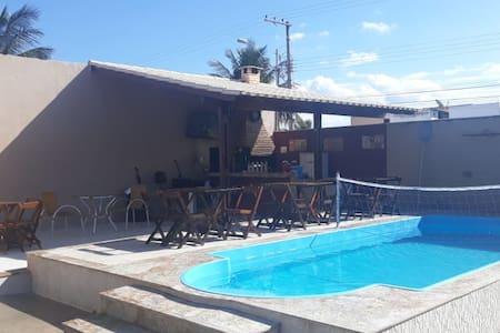 Casa de Praia com piscina a 500m do mar.