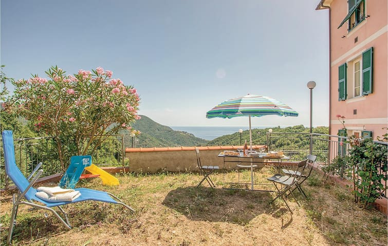 Holiday apartment with 2 bedrooms on 45m² in Moneglia -GE-
