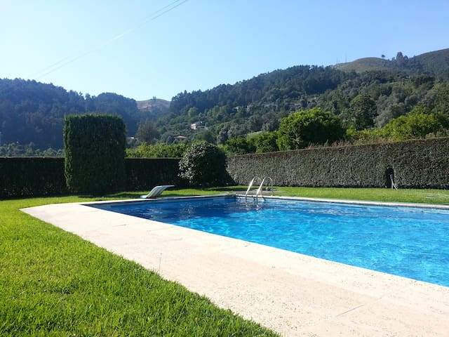 Cottage with private swimming pool - Caires - Vila