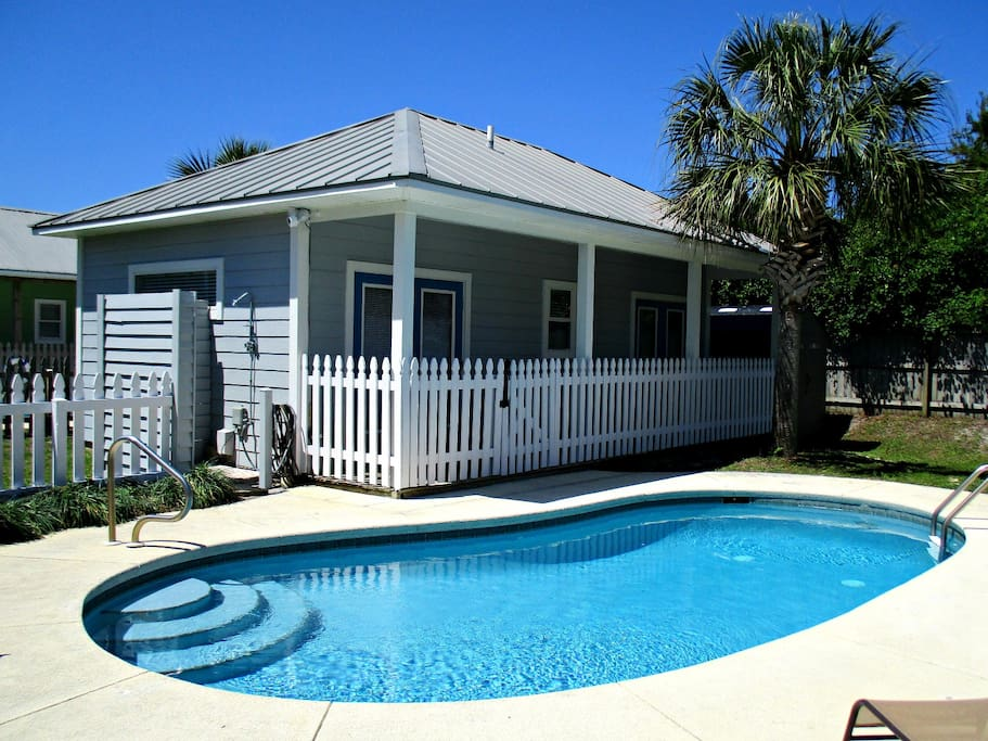 5 min walk to beach private pool pool house houses for - Florida condo swimming pool rules ...