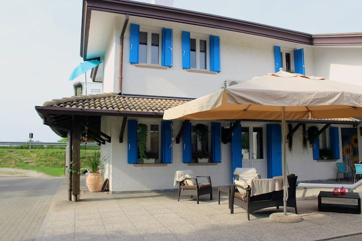 Wonderful Villa Roma Country House Jesolo Venice - Jesolo - Inap sarapan