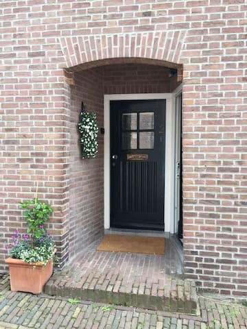 Downstairs apartment in the old  centre of Rhenen - Rhenen - Apartament