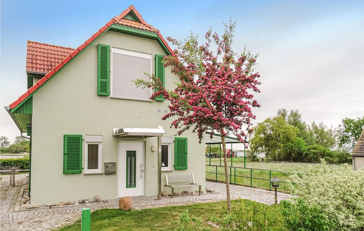 Holiday cottage with 2 bedrooms on 98m² in Insel Poel/Kirchdorf