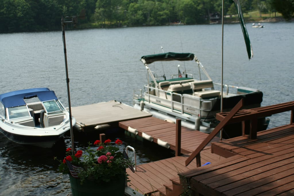 Lower deck and dock