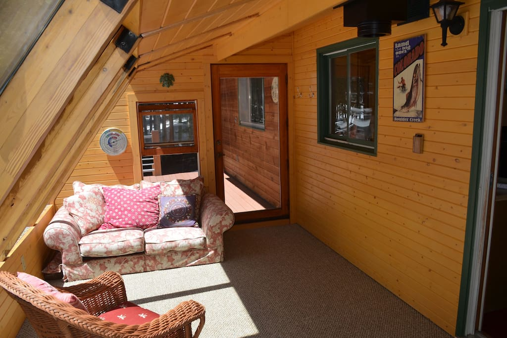 Sunroom with 2nd back deck