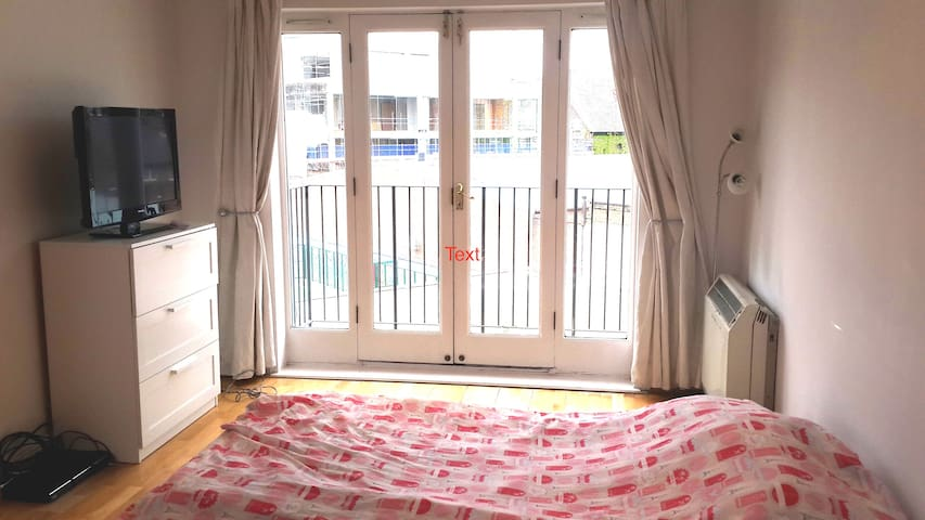 If you would like to stay in ZONE1 - Londen - Appartement