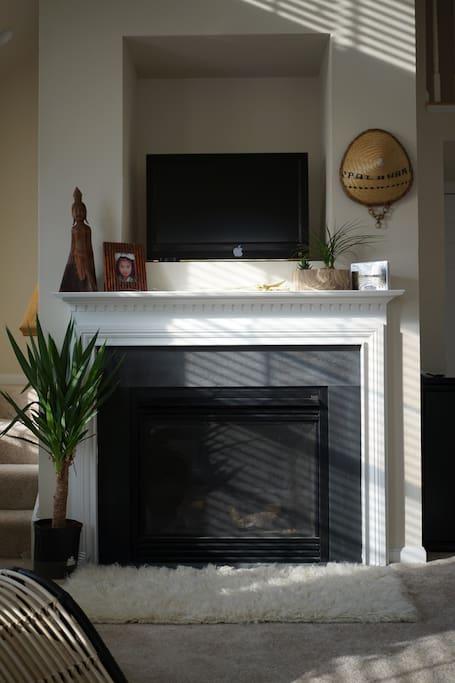 Romantic gas fireplace!