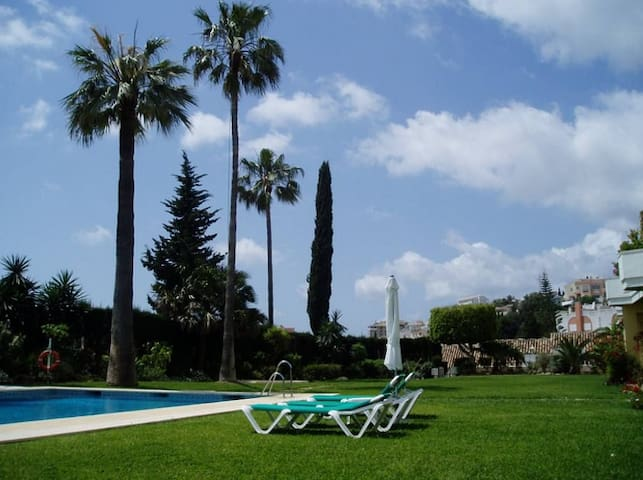 Andalusian house close to the beach - Fuengirola - House