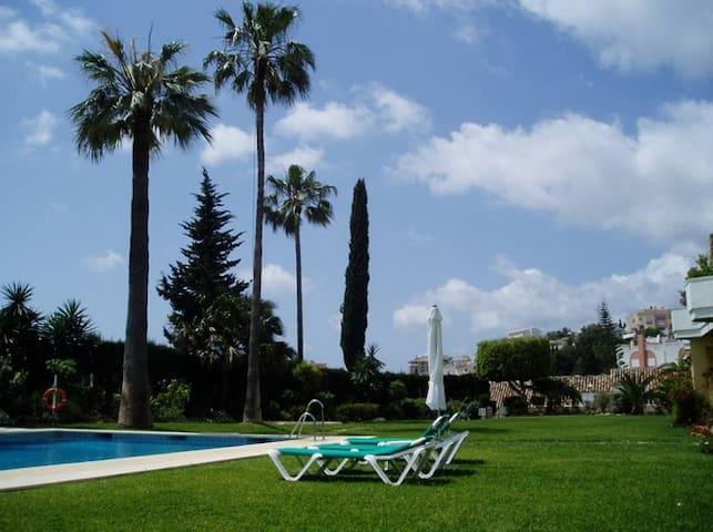 Andalusian house close to the beach - Fuengirola - Hus