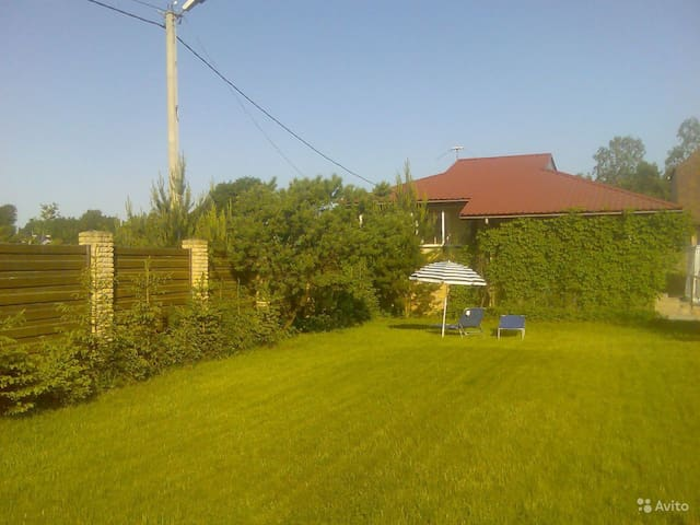 Отдельно стоящий дом в 10 км от СПб - Voyeykovo - House
