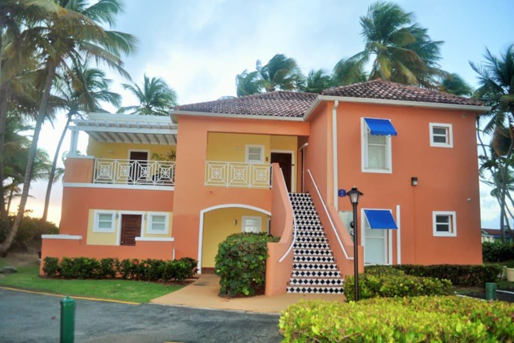 Oceanfront villa at palmas doradas departamentos en alquiler en palmas del mar humacao - Apartamentos puerto rico las palmas ...