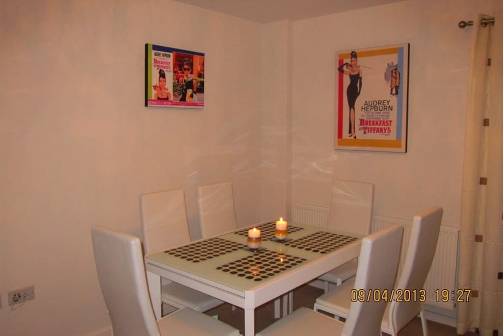 6 Seat Extending Dining Table ... breakfast at Tiffany's.