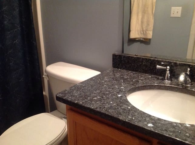 Ballantyne Area - Room with Bath