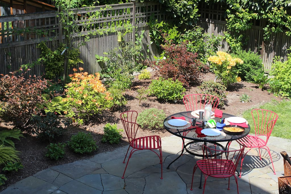 The backyard garden is a great place for eating outside!