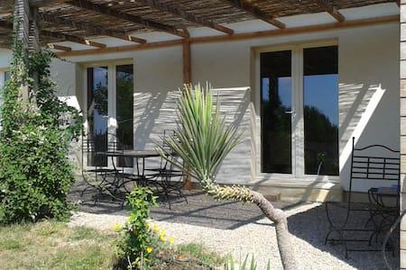 Villa Écologique/piscine privée - Saint-Geniès-de-Fontedit