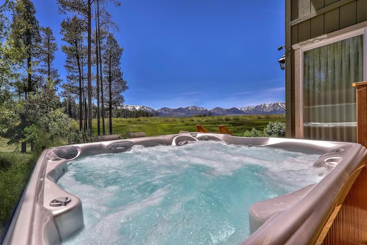 Tahoe Retreat on the Meadow+Hot Tub, Mountain View