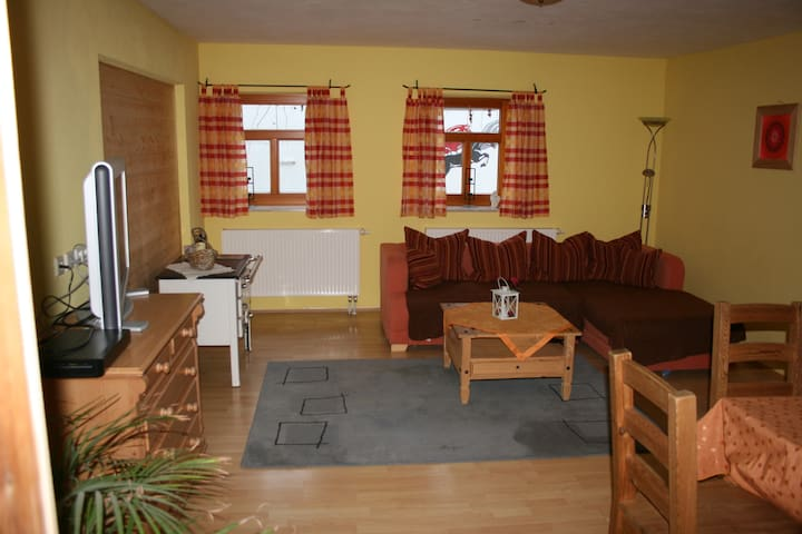 Big Apartement up to 8 persons - Ottobeuren - Schoonfamilie
