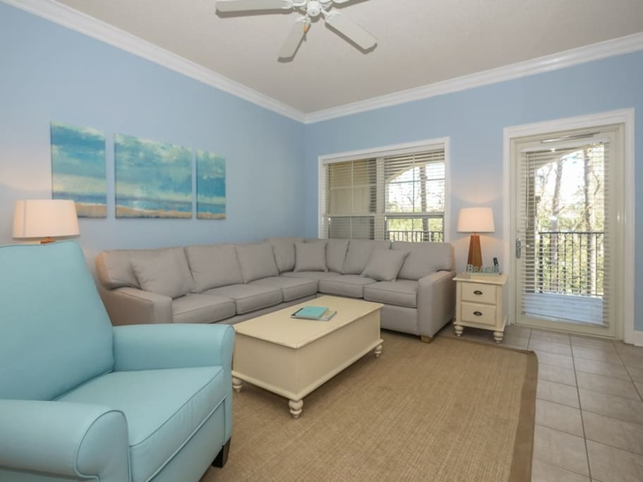 Living Room with Balcony Access at 209 North Shore Place