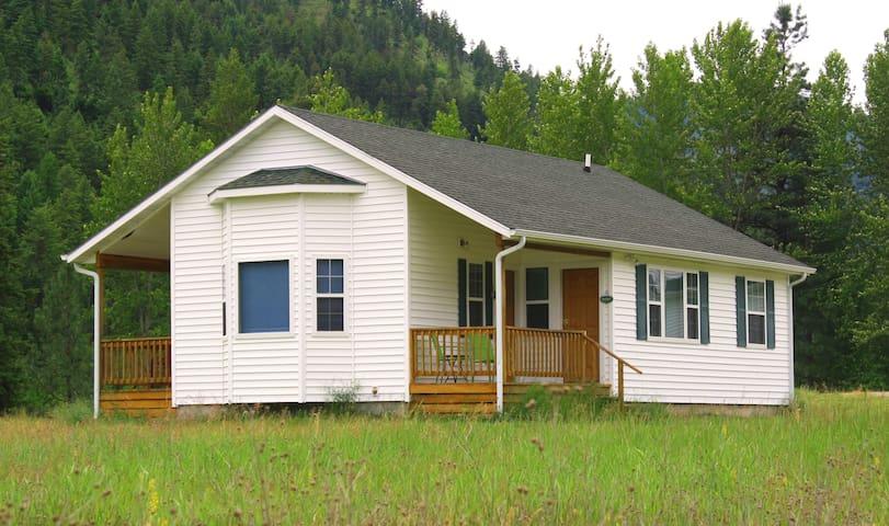 Deep Creek Retreat Guest House - Missoula - Guesthouse